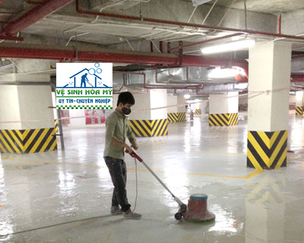 vệ sinh sàn epoxy