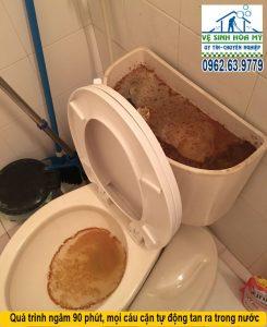 Vệ sinh đường ống nước hộ gia đình