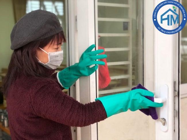 dịch vụ vệ sinh nhà cửa, khử trùng