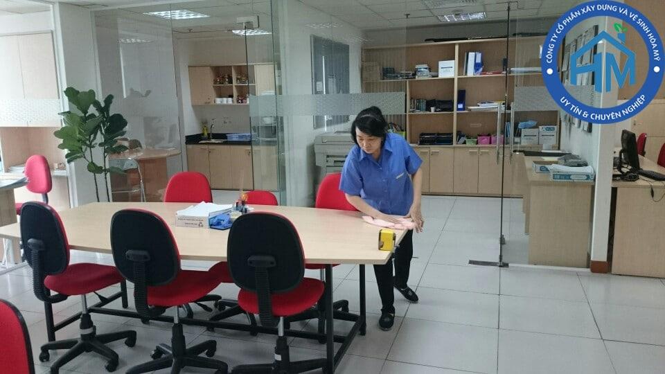 Dịch vụ vệ sinh văn phòng tại Hà Nội
