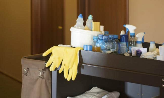 Công ty làm vệ sinh văn phòng theo giờ uy tín nhất