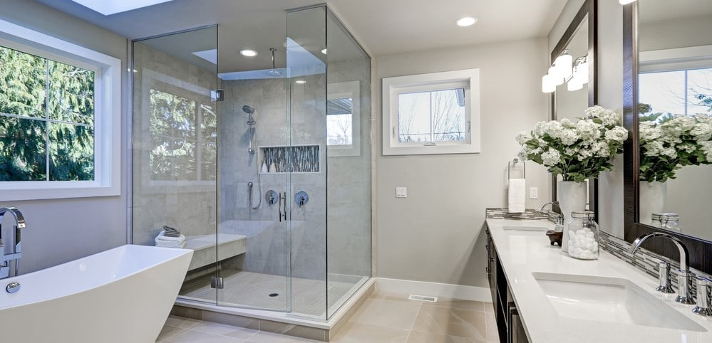 phủ nano cho vách kính nhà tắm tại Cầu Giấy