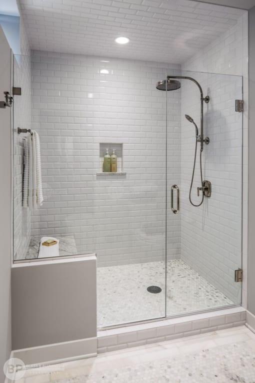 dịch vụ phủ nano vách kính cho nhà tắm tại Hà Nội