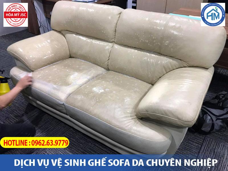 vệ sinh ghế sofa da thật